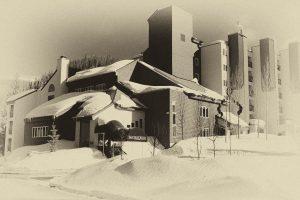 iron-horse-resort-in-winter